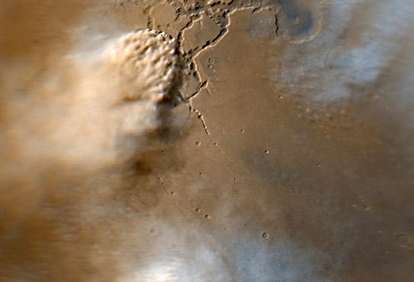 Large dust storm on Mars